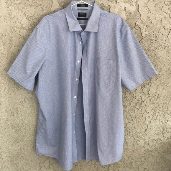 Nordstrom Other - A men's classic fit shirt with blue and white